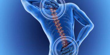 Kręgarz czy chiropraktyk? Kto pomoże Ci z bólem kręgosłupa?